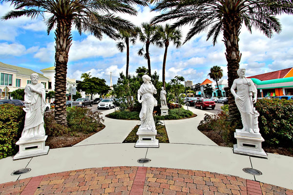 St. Armands Circle Marketplace